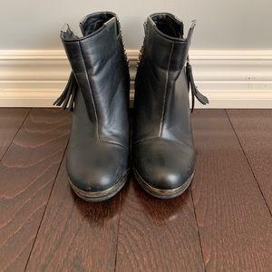 Trendy Black Booties